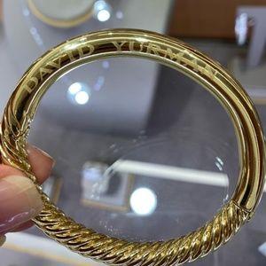 David Yurman 18k Yellow Gold Etched Signature Bang